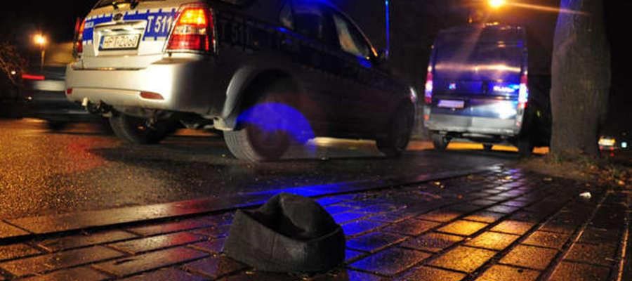 Policjanci apelują do kierowców o większą ostrożność, a do pieszych o noszenie odblasków