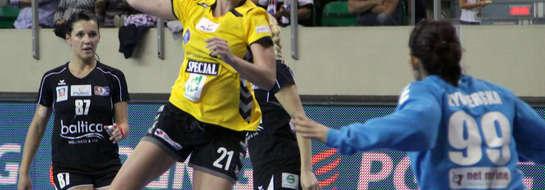 Startowi nie udało się wygrać z Pogonią w rundzie zasadniczej, pierwszy mecz w Elblągu przegrał 21:29, a w niedzielę w Szczecinie zremisował 29:29