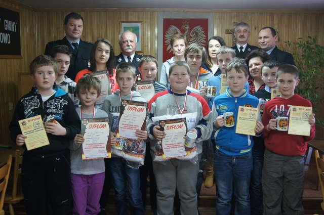 Turniej Wiedzy Pożarniczej w Szczutowie - full image