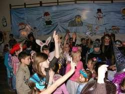 Bal karnawałowy był bardzo udany, wszyscy świetnie się bawili
