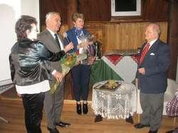 Podczas benefisu nie zabrakło życzeń i kwiatów dla Ryszarda Ejchelkrauta