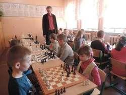 Turniej szachowy zgromadził 20 uczestników