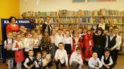 Pasowanie na czytelnika w Szkole Podstawowej w Nowicy