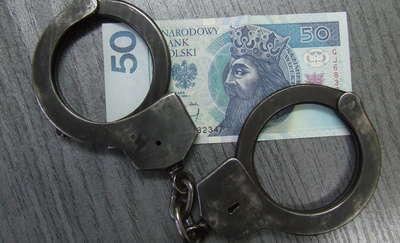 Rosjanin chciał wręczyć łapówkę policjantom z Olecka