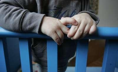 3-letni chłopczyk sam chodził po ulicy. Na szczęście udało się uniknąć tragedii