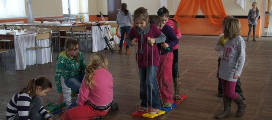 Zabawa w sali mszanowskiej