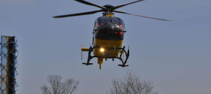 W wyniku wypadku obrażeń doznał pracownik Żuromińskich Zakładów Komunalnych. Do Płocka przetransportował go śmigłowiec
