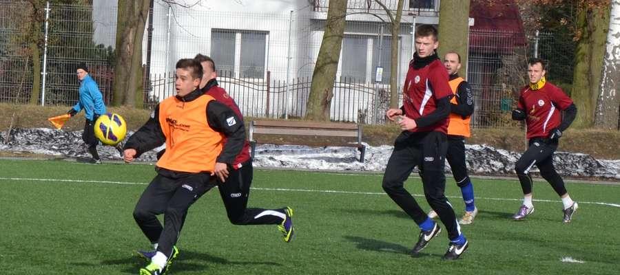Jakub Skirzewski strzelił dwa gole w sparingu z Sokołem
