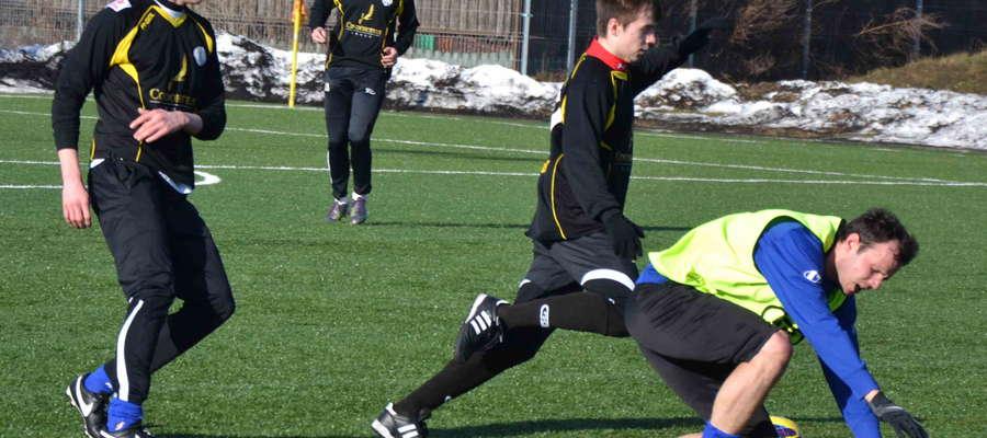Zimą 2014 piłkarze Sokoła Ostróda nie przegrywają na własnym boisku