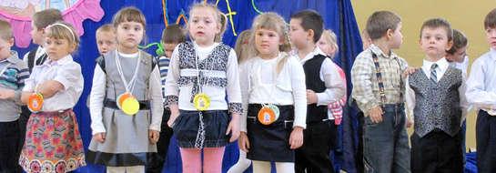 Dzieci wystąpiły dla babć i dziadków