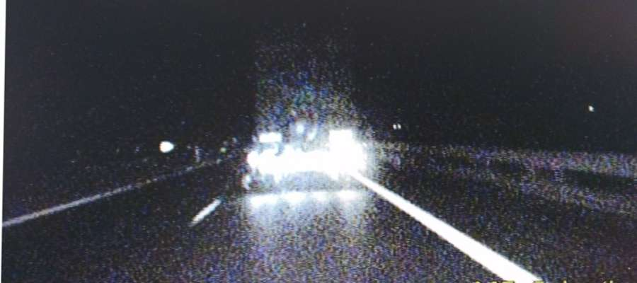 Kierowca tira jechał siódemką wężykiem. Miał ponad 2 promile