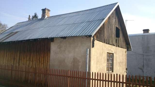 To ten dom stanął w piątek w płomieniach. Niestety, mieszkający w nim mężczyzna nie przeżył - full image