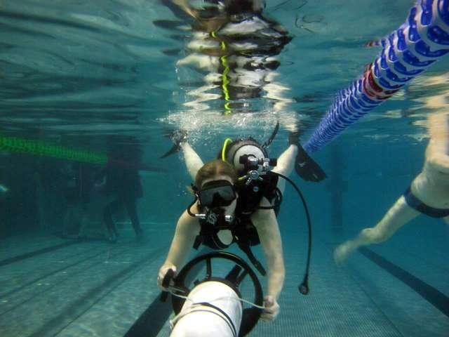 Podwodny dzień kobiet - full image
