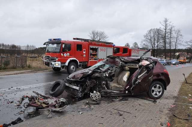 Wypadek w Snopkach. Kierowca w szpitalu - full image