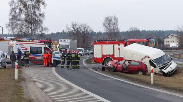 Kolejny wypadek na obwodnicy Ostródy - full image