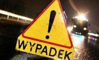 Tragedia pod Olsztynem. Nie żyje 41-latek potrącony przez tira
