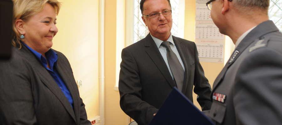 W czwartek komendant Marek Osik odebrał klucze od pomieszczenia, w którym dyżurowali będą dzielnicowi