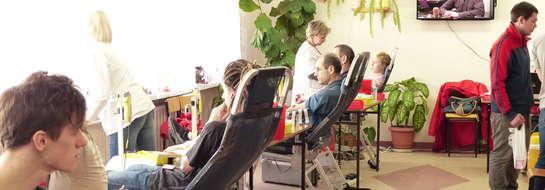 pobór krwi w budynu bursy szkolnej w Mrągowie