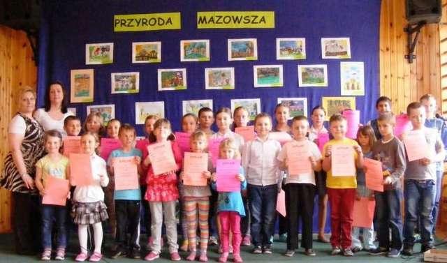 """Uczniowie z PSP w Rząśniku Włościańskim wzięli udział w konkursie """"Przyroda Mazowsza"""" - full image"""