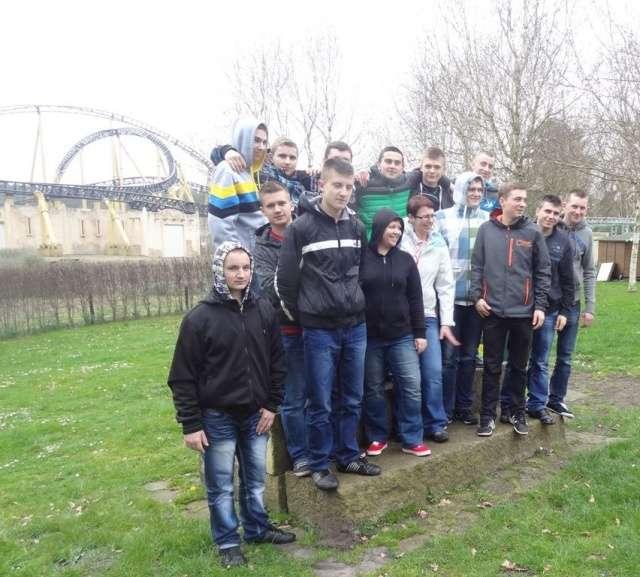 Uczniowie z ZS CKR w Starym Lubiejewie uczestniczyli w praktykach w Niemczech - full image