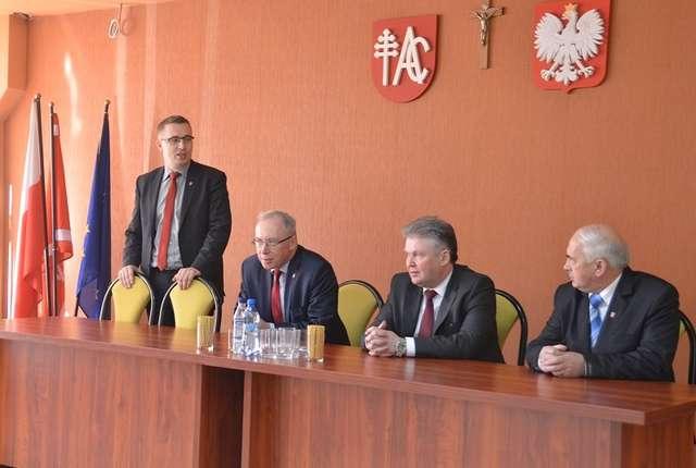 Mieszkańcy gminy Andrzejewo mieli możliwość spotkania się z wojewodą mazowieckim - full image