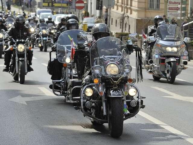 Święto motocyklistów: parada ulicami Olsztyna i pokaz trialu! - full image