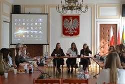 Młodzieżowa Rada Miasta podjęła uchwałę o powołaniu Ostrowskiego Centrum Dialogu Społecznego