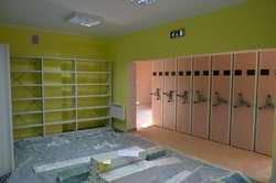 Prace remontowe są już na ukończeniu. Nowopowstała biblioteka ma być funkcjonalna i nowoczesna