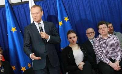 Premier Tusk na granicy i w Bartoszycach