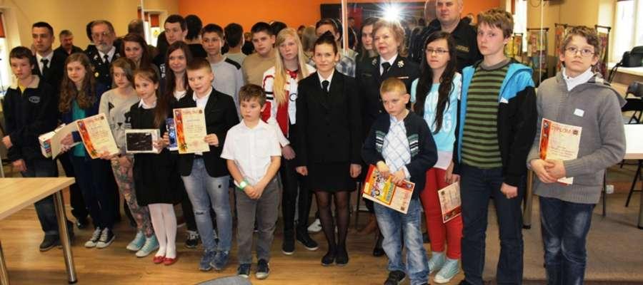 W finale rywalizowała młodzież szkół podstawowych, gimnazjalnych  i średnich  z terenu powiatu braniewskiego