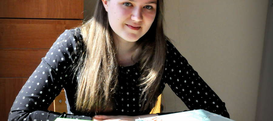 Magda Bartczak dziś ma labę. Test z języka polskiego ma zaliczony na 100 procent