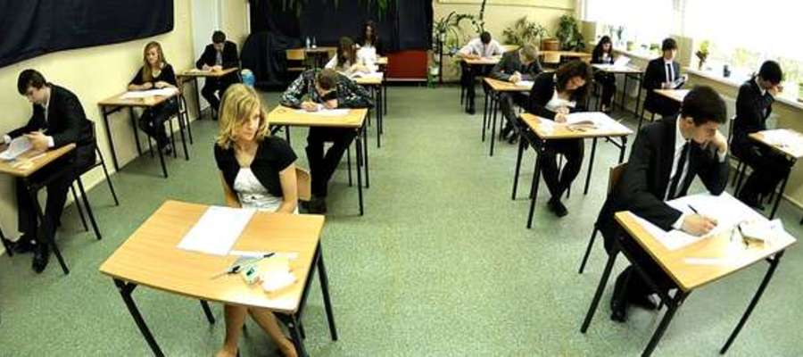 Uczniowie trzecich klas gimnazjum piszą w tym tygodniu egzamin