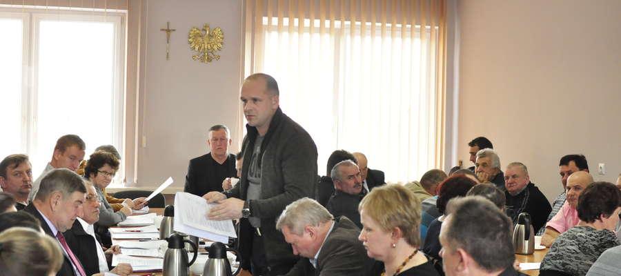 Radni debatowali na temat ścieków