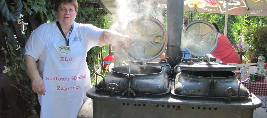 Organizatorzy zachęcają mieszkańców aby zabrali ze sobą jakiś produkt spożywczy. Następnie z przyniesionych przez mieszkańców składników zostanie ugotowana zupa, którą będzie można zjeść przy dźwiękach muzyki zaprezentowanej przez fromborski zespół