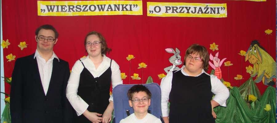 Laureaci konkursu recytatorskiego w Łupkach