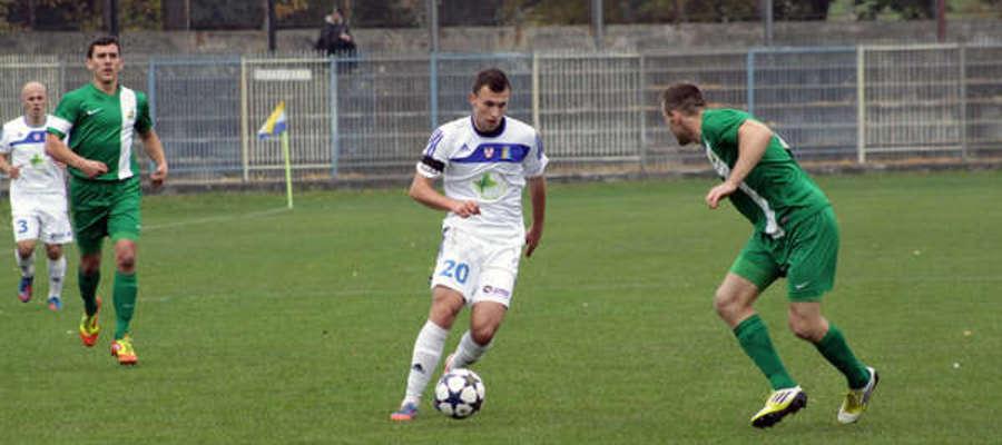 Rafał Lisiecki jeszcze w barwach Olimpii. Tu podczas jesiennego meczu ze Świtem Nowy Dwór Mazowiecki (0:1)