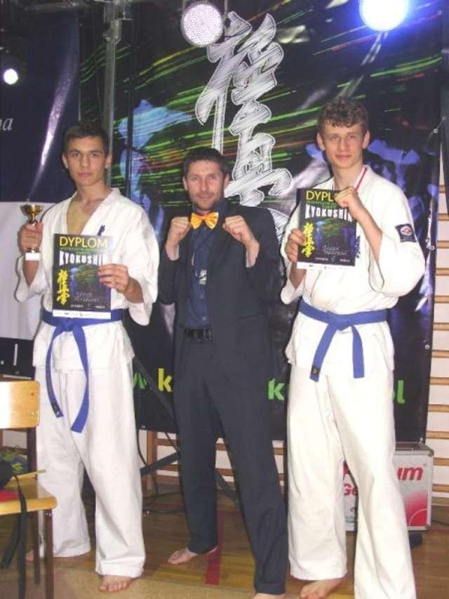 Złoto i brąz – takie medale przywieźli zawodnicy BKKK z Mistrzostw Mazowsza - full image