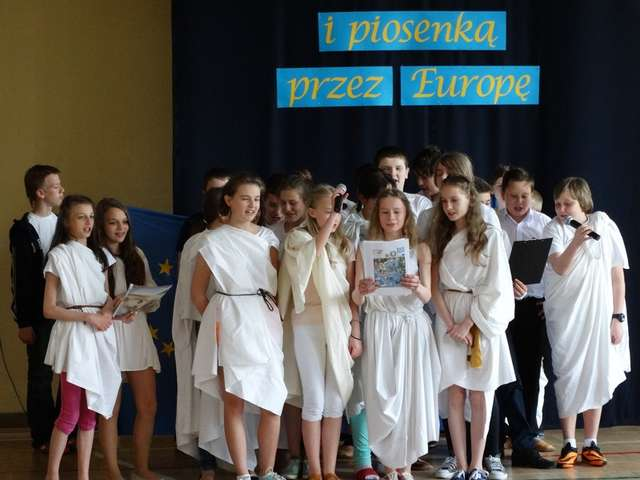Wygrani – klasa VIa. Uczniowie zaprezentowali Grecję - full image