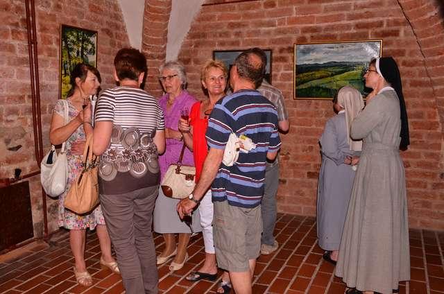Wernisaż wystawy malarskiej Józefa Miki - full image