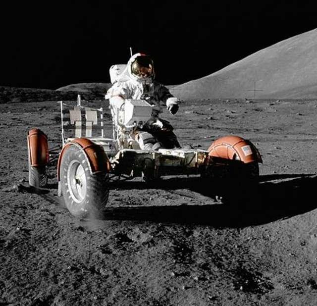 Pojazd księżycowy - full image