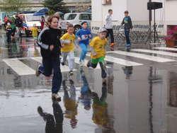 Najmłodsi pobiegli w najgorszy deszcz