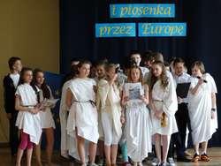 Wygrani – klasa VIa. Uczniowie zaprezentowali Grecję