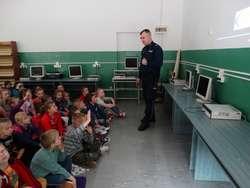 Uczniowie SP w Nurze dowiedzieli się dużo na temat bezpieczeństwa w życiu codziennym