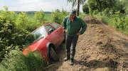 Wjechał do rowu na remontowanej drodze