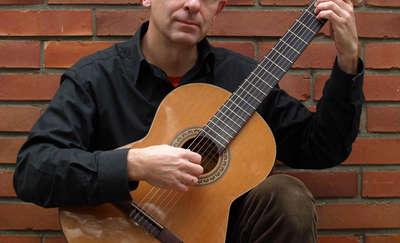 Kuba Michalski śpiewa piosenki Jacka Kaczmarskiego