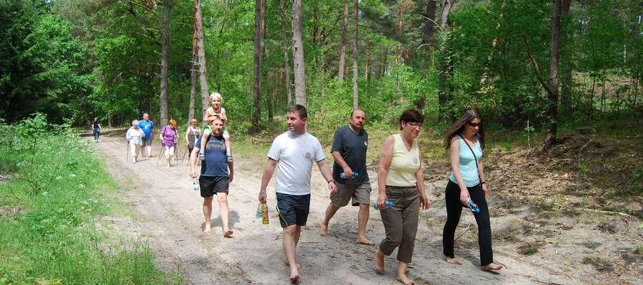 Uczestnicy mieli do pokonania około 4 km traktem leśnym