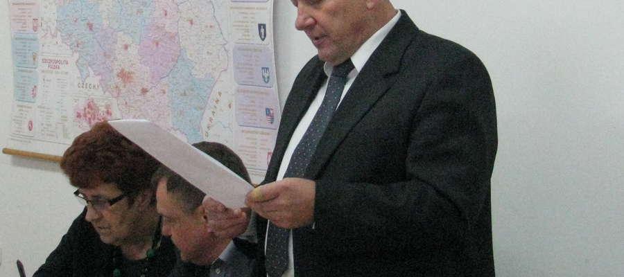 - Dodatkową dotację otrzymały tylko dwa samorządy w województwie, tj. gmina Rzewnie i miasto Przasnysz – podkreślił na sesji wójt Oborski