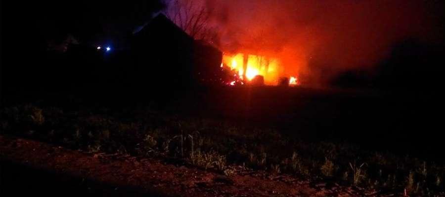 Pali się stodoła w Nowopolu