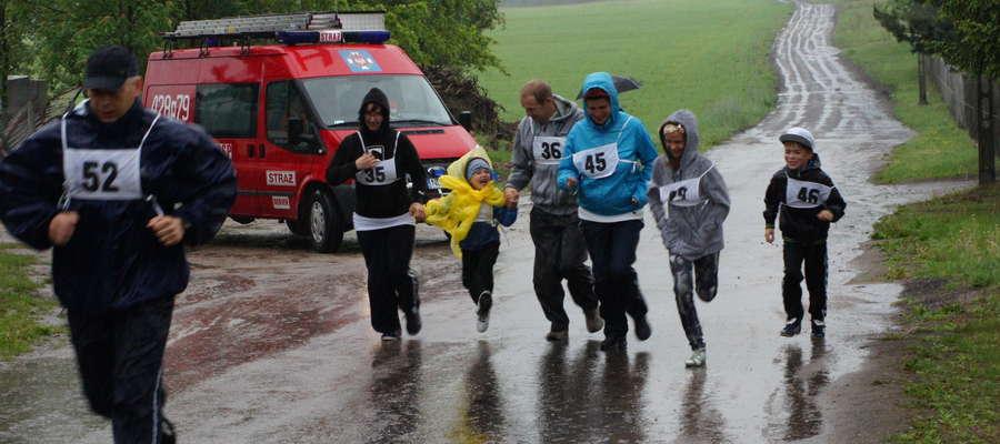 W piątek (23 maja) w Rybnie również odbędzie się Akcja Polska Biega. Kadr z ubiegłorocznego biegu w Rybnie