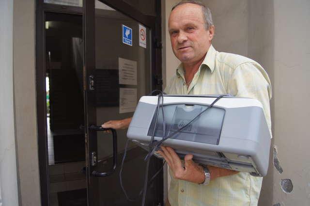 Zbigniew Skarpetowski do INB wybrał się ze swoją drukarką - full image